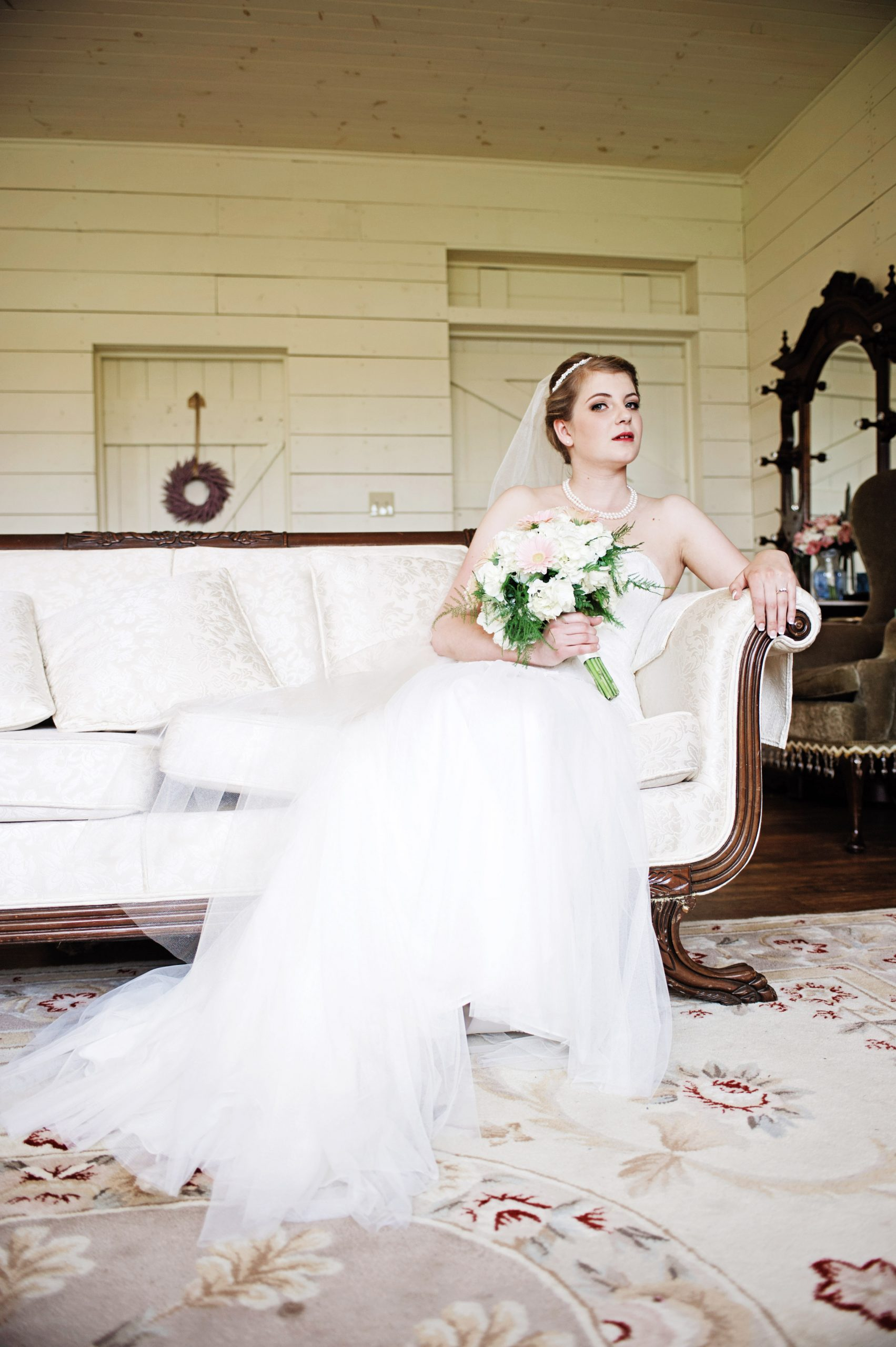 classically elegant, Kady photographs beautifully for Lovefusion Photography at Lakeview Farms of York, PA. Featured in Dream Weddings.